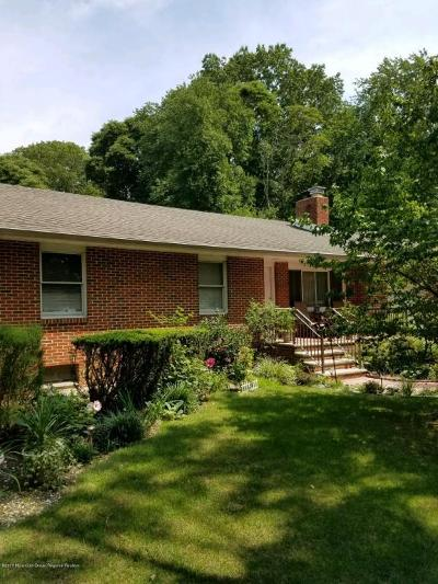 Howell Single Family Home For Sale: 16 Tioga Drive