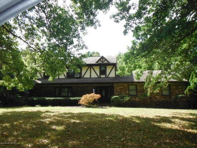 Holmdel Single Family Home Under Contract: 38 Ladwood Drive