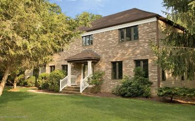 Holmdel Single Family Home For Sale: 4 Apple Grove Drive
