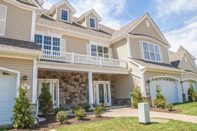 Adult Community Under Contract: 33 Abbey Road