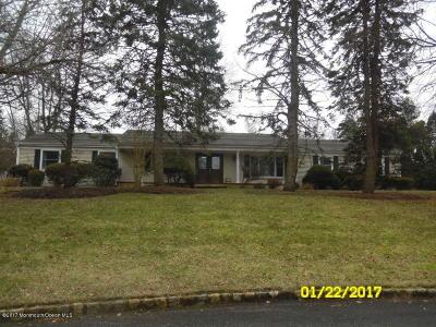 Holmdel Single Family Home For Sale: 10 Wyndmoor Way
