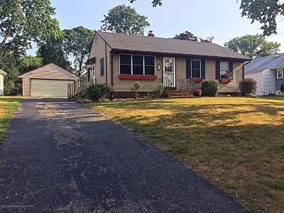Toms River NJ Single Family Home For Sale: $199,900