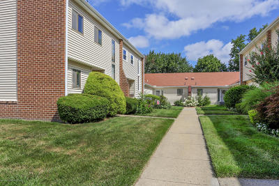 Spring Lake Condo/Townhouse For Sale: 13 Pine Drive
