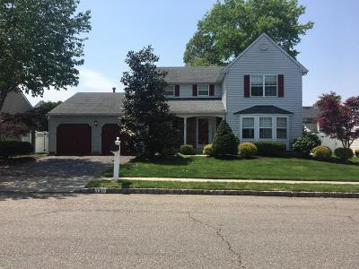 Howell Single Family Home For Sale: 19 Winchester Drive