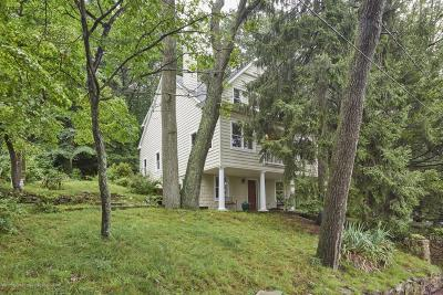 Middletown Single Family Home For Sale: 46 Mountainside Avenue