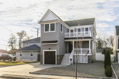 Point Pleasant Beach Single Family Home For Sale: 302 Arnold Avenue