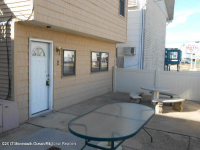 Seaside Heights Condo/Townhouse For Sale: 202 Fremont Avenue #A2