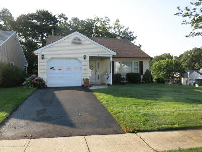 Brick Adult Community Under Contract: 11 Springhill Drive