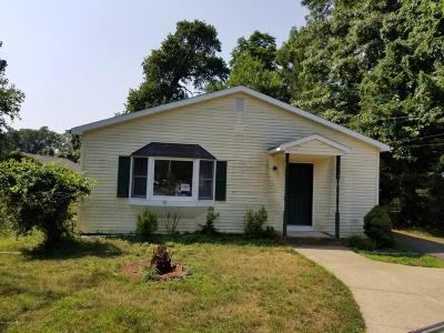 Marlboro Single Family Home For Sale: 100 Dutch Lane Road