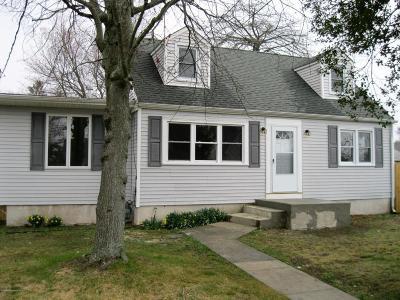 Point Pleasant Single Family Home For Sale: 2133 Barnegat Boulevard