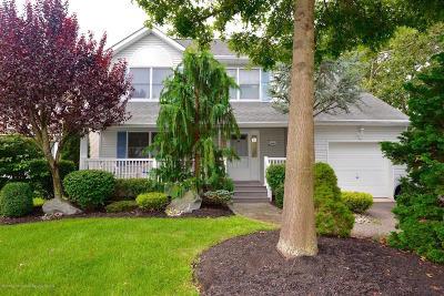 Point Pleasant Single Family Home For Sale: 2406 Cedar Street