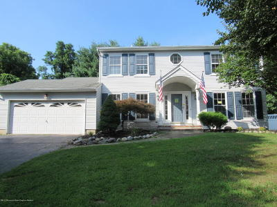 Howell Single Family Home For Sale: 37 Driftwood Drive