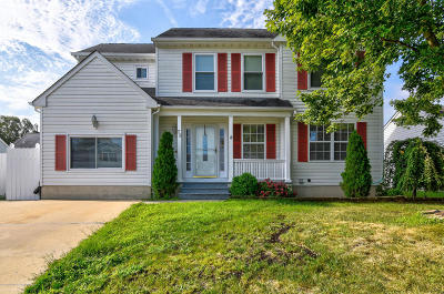 Brick Single Family Home For Sale: 73 Red Maple Drive