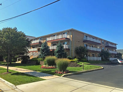 Asbury Park Condo/Townhouse Under Contract: 303 Sunset Avenue #303