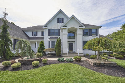 Freehold Single Family Home For Sale: 14 Winding Woods Way