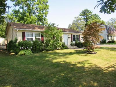 Freehold Single Family Home For Sale: 4 Barkalow Avenue
