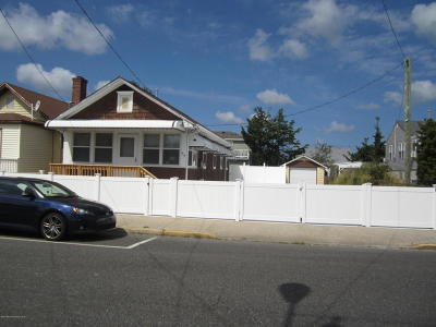 Seaside Heights Single Family Home For Sale: 312 Sumner Avenue