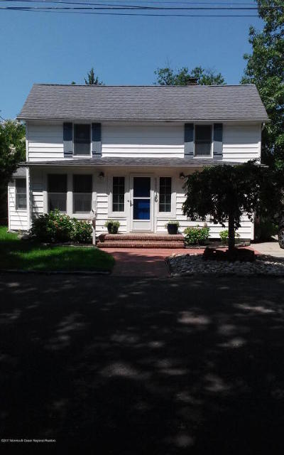 Point Pleasant Single Family Home For Sale: 1115 Old Drift Road