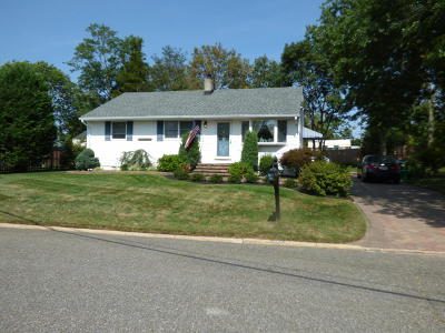 Neptune Township Single Family Home Under Contract: 323 Shadowlawn Drive