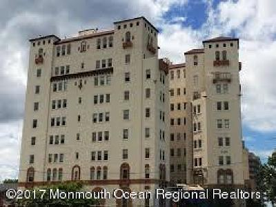 Asbury Park Condo/Townhouse For Sale: 400 Deal Lake Drive #4a