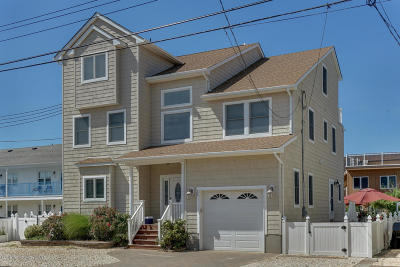 Seaside Park Single Family Home For Sale: 28 1st Avenue