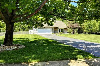 Manalapan Single Family Home For Sale: 126 Sweetmans Lane