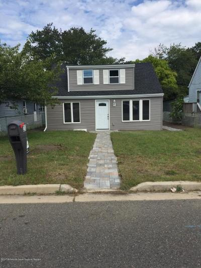 Toms River Single Family Home For Sale: 2024 Adams Avenue