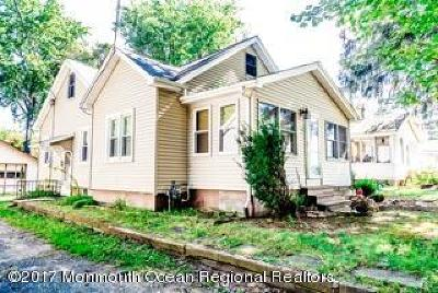 Manalapan Single Family Home For Sale: 88 Freehold Road