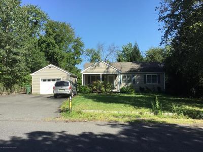 Ocean County Single Family Home For Sale: 137 Carasaljo Drive