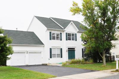 Freehold Single Family Home For Sale: 47 Fallsington Place