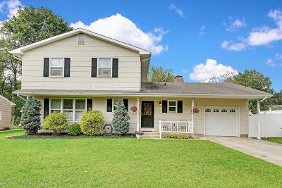 Toms River Single Family Home For Sale: 526 Vine Avenue