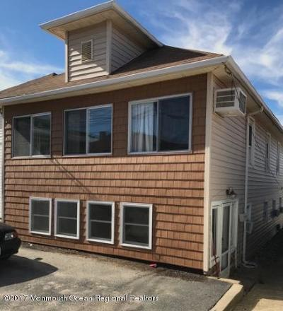 Point Pleasant Beach Multi Family Home For Sale: 11 Danby Place