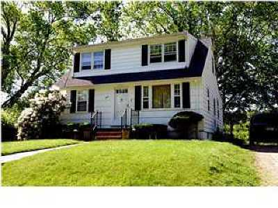 Monmouth County Single Family Home For Sale: 324 Fairfield Avenue