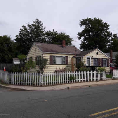 Middletown Single Family Home For Sale: 144 Bray Avenue