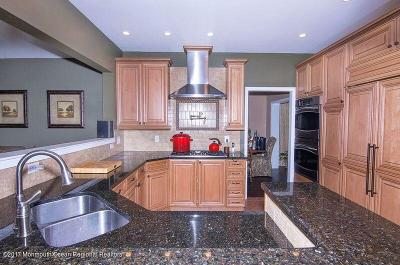 Ocean County Single Family Home For Sale: 1 Blue Jay Court