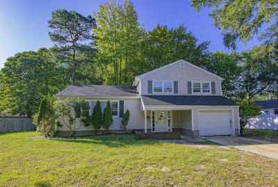 Monmouth County Single Family Home For Sale: 392 Wells Avenue