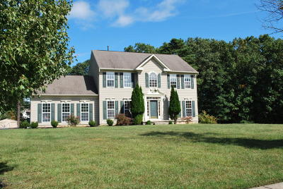 Ocean County Single Family Home For Sale: 45 Westlake Court