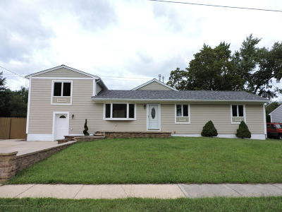 Manchester Single Family Home Under Contract: 24 Housen Street