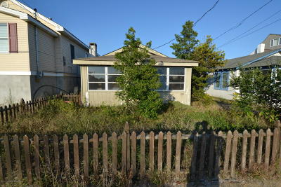 Seaside Heights Multi Family Home For Sale: 108 Sunset Drive