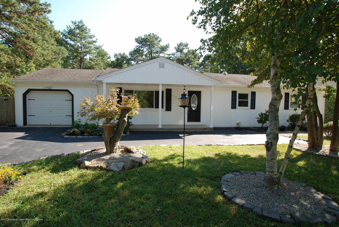 1516 1st Avenue, Toms River, NJ | MLS# 21737530 | Oliver