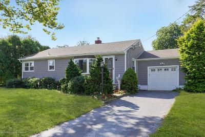 Holmdel Single Family Home Under Contract: 18 Mill Lane