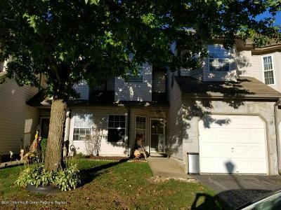 Toms River NJ Condo/Townhouse For Sale: $235,000