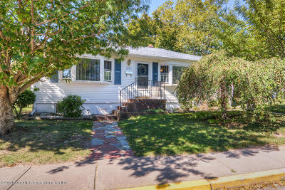 Point Pleasant Beach Single Family Home Under Contract: 609 Cramer Avenue