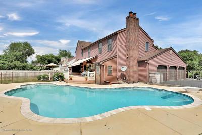 Marlboro Single Family Home For Sale: 8 Chestnut Court