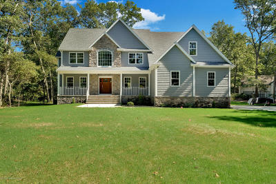 Toms River Single Family Home For Sale: 1621 Otter Drive