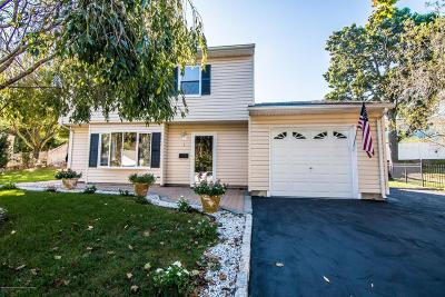 Hazlet Single Family Home For Sale: 3 Wood Road