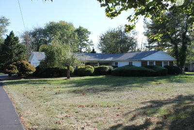 Freehold Single Family Home For Sale: 211 Schanck Road