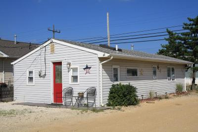 Lavallette Single Family Home Under Contract: 100 W Amberjack Way
