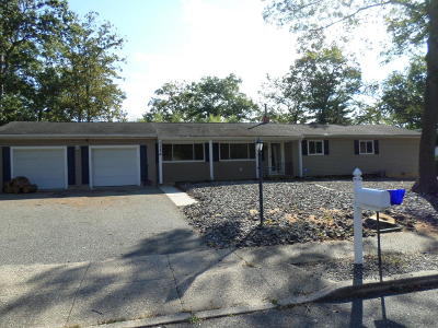Toms River Single Family Home For Sale: 1116 Ruby Drive
