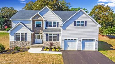 Freehold Single Family Home For Sale: 1 Northfield Court